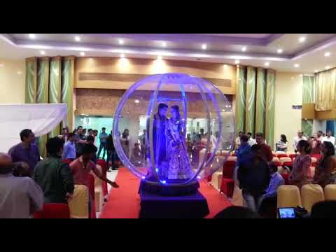 in-the-wedding-new-football-style-bride-and-bridal-brilliant-entry-9891478560