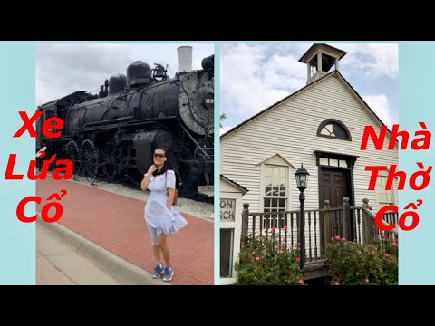 Bảo tàng xe lửa và nhà thờ cổ ở thành phố Dodge, Kansas