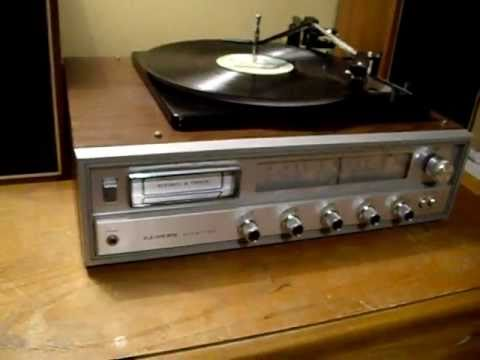 Lloyds Am Fm Receiver Turntable 8 Track Player Stereo