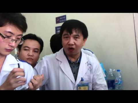 20111221_Khám bệnh nhân phù