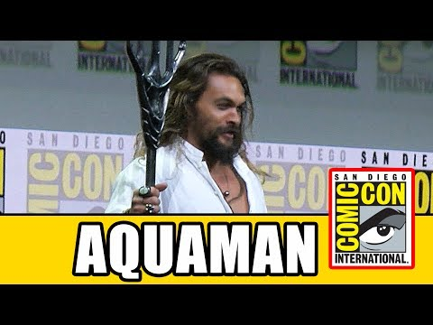 Download Youtube: AQUAMAN's Justice League Comic Con Entrance Into Hall H
