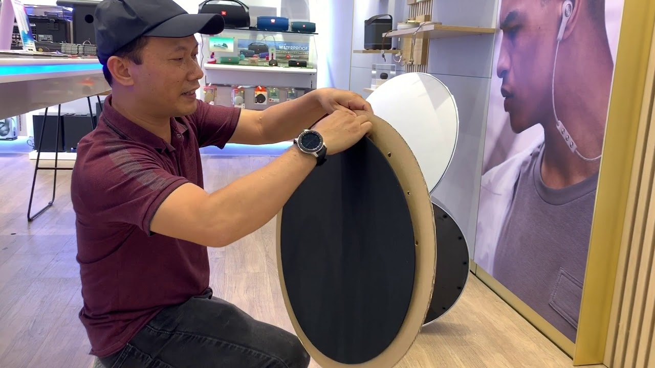 Khui hộp và trải nghiệm loa công nghệ Bang & Olufsen Beosound Edge giá hơn 100tr đồng