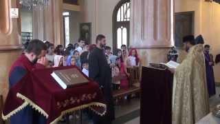 Предводитель Армянской епархии благословил выпускников