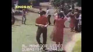 Yaar Kapada Shandar Hai - Painter Babu (1983)