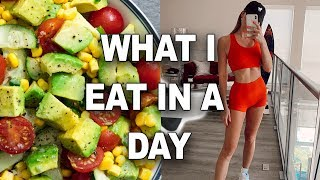 WHAT I EAT IN A DAY (on the go)