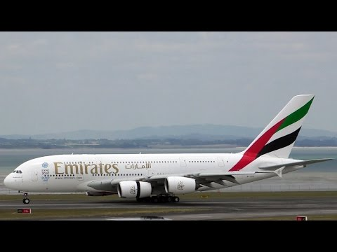 Emirates A380-800 ✈ Smooth Landing at Auckland Airport