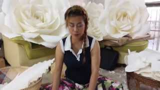 Repeat youtube video How to make paper flower by Madammouth ดอกไม้กระดาษ