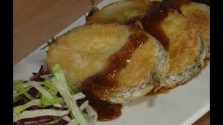Cooking pan-fried cod fish with black pepper sauce   CCTV English