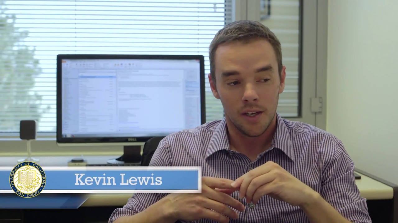Kevin Lewis online dating