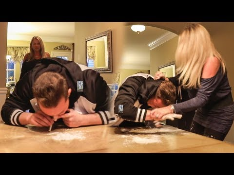 COCAINE PRANK ON MY MOM!