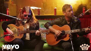 Marcus King & Dan Auerbach - Beautiful Stranger (Acoustic at Easy Eye Sound)