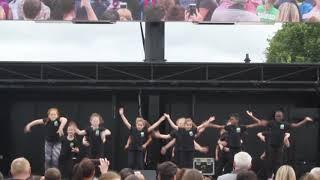 Finesse - Bruno Mars  | Glasgow Green | Achieve More!
