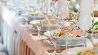 Как накрыть свадебный стол своими руками в домашних условиях?