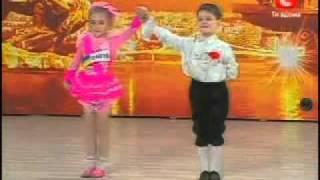 Дети танцуют просто супер!(На Украинской Минуте славы!, 2010-12-04T08:05:08.000Z)