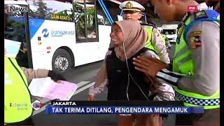 Tak Terima Ditilang, Pengendara Wanita Ngamuk dan Pukul Petugas - iNews Sore 08/01