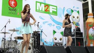 Repeat youtube video Four Mod-09 at Songkran Festival on 15/APR/2013 at CWP.