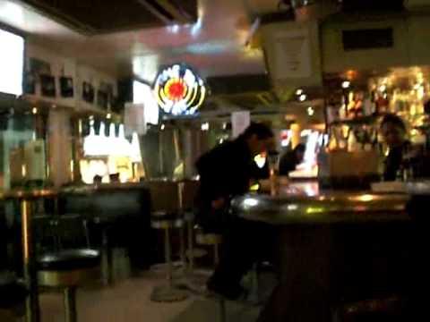 hong-kong-pub-crawl-in-lan-kwai-fong