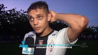 Jogadores do São Raimundo e Independente falam após partida com Ari Roberto repórter.