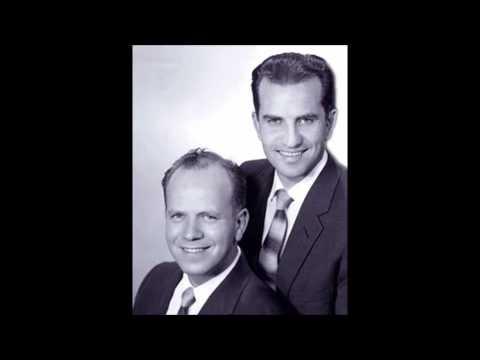 Ropaje Espléndido - Bob Edwards y Wayne Hooper