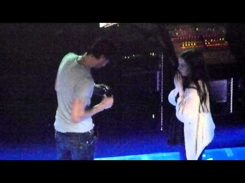 Enrique Iglesias - Hero (with a Lucky fan) - live Manchester 24 march 2011 - HD