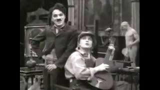 Charlie Chaplin - Smile legendado HD