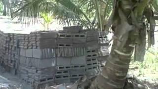 Mozambique:  Importancia do Rio (The Importance of the River)