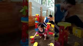 Liên khúc nhạc thiếu nhi - Chủ nhật cả nhà đi chơi Vừ Hải Yến 2 tuổi