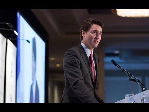 Justin Trudeau livre un discours sur la politique économique à Montréal