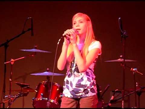 Hailey Singing