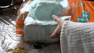 Подгузники Pampers Sleep & Play Midi 4-9 кг, 78 шт. обзор(Товар куплен в интернет-супермаркете Rozetka.ua http://rozetka.com.ua/pampers_sleep_and_play_midi_100_81299064/p297755/ Доставлено курьером..., 2016-03-13T08:59:01.000Z)