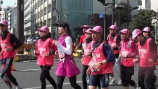 20110227 東京マラソン30km地点 AKB秋元才加さん 笑顔を忘れないで...