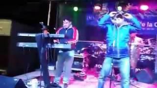 A Banda Sombra - Procuro Olvidarte - 12 Rosas(en vivo comarapa)