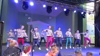 """""""Сладкоежки"""" шоу-группа """"Молодость"""""""