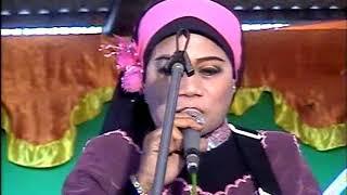 Download Lagu HAJJAH RIEN JAMAIN MC KOCAK NASIDA RIA GAYA KHASNYA BIKIN HANGAT SUASANA EDISI LIVE 2008 mp3