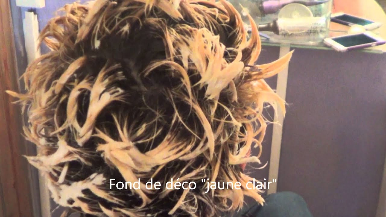 Tie dye ou ombr hair sur cheveux courts youtube - Tie and dye sur carre plongeant ...