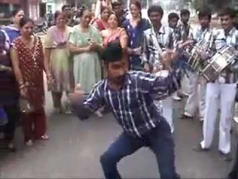 Singhs Doing Crazy Dance Moves At Morning Of Wedding In India