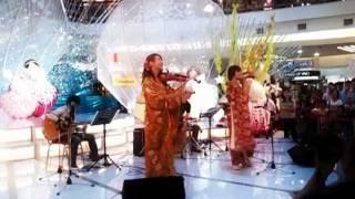 Hanamas Christmas Songs mix-up Performance