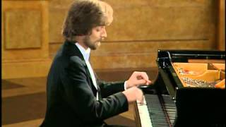 Zimerman play Chopin Scherzo in B-flat minor, op. 31