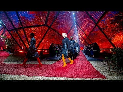 Hermès   Fall/Winter 2018/19   PFW....Fashionweekly....On Fow24news.com