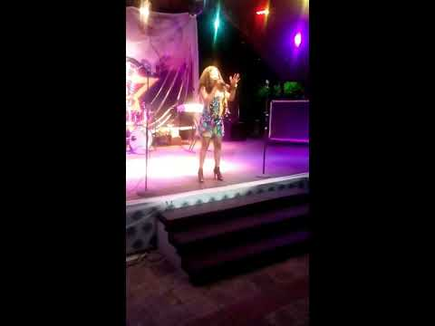 Mo'rutty performing Bolaji at D'lyte and the stars show. Enjoy