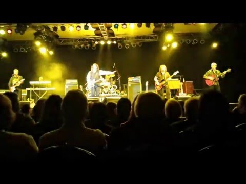 TOMMY JAMES & THE SHONDELLS-(LIVE)...
