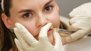 Women Get Lip Injections First Time