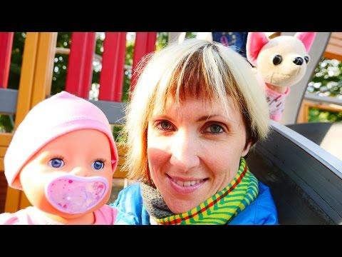Видео про куклу Baby Born и собачку ChiChi Love. Как МАМА. Прогулка и слинг шарф