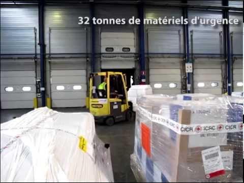 Chargement d'un avion cargo du CICR pour le Yémen - Aéroport de Liège - Avril 2015