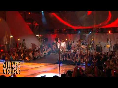 Can't be tamed - Miley Cyrus - live at MMVA 2010 (HQ)