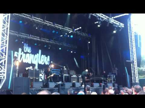 The Stranglers - Hanging Around (Whitehaven, 5th July 2014)