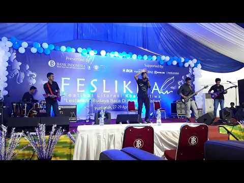 Tulus - Teman Hidup ( Cover Crew Band )