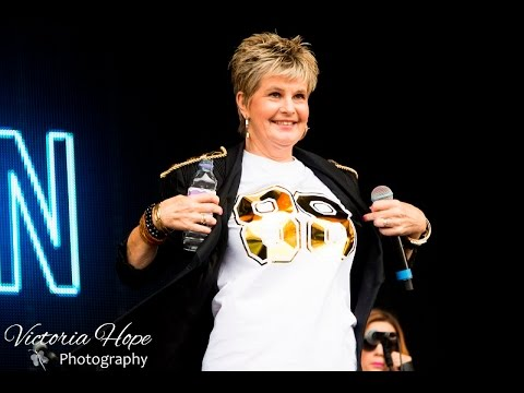 An Interview with Hazell Dean at Rewind Festival South 2016