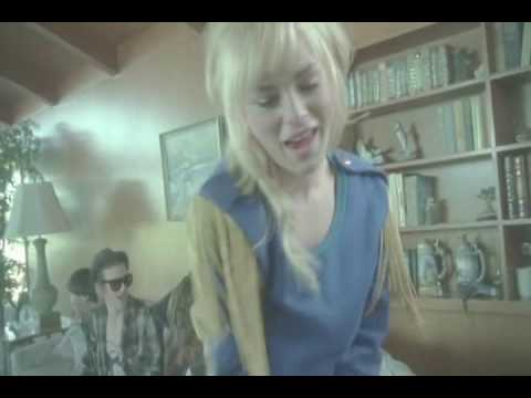 uffie-pop-the-glock-bugzz-remix-official-video-bugzzone