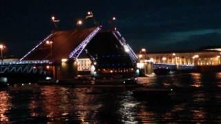 Развод Мостов в Питере